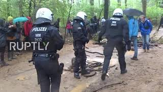 Germany: Thousands join Hambach Forest protest walk