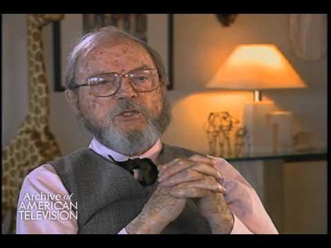 "Chuck Jones on creating ""Bugs Bunny"" - EMMYTVLEGENDS.ORG"