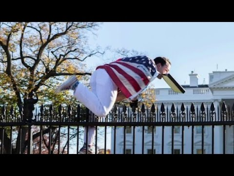 White House jumper charged with 'unlawful entry'