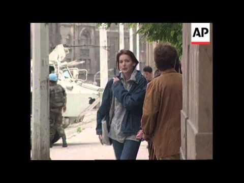 BOSNIA: SARAJEVO: SNIPER ATTACKS CONTINUE
