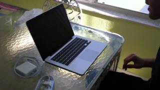 Late 2010 MacBook pro refurb unboxing