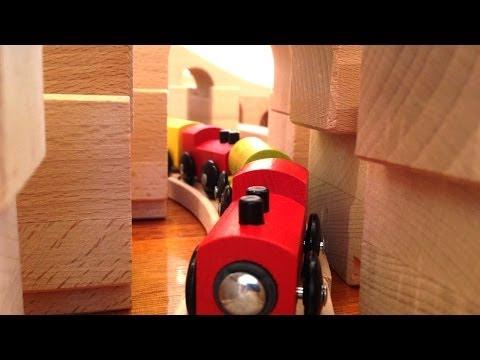 Bridge or Tunnel? Huge kids train set - Toy Train Track 24
