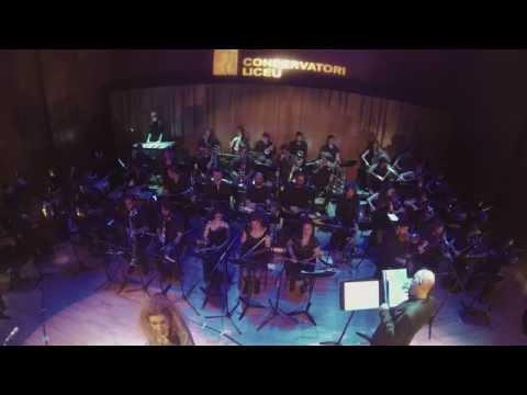 Liceu Big band + secció de cordes amb Carme Canela i Laura Simó.