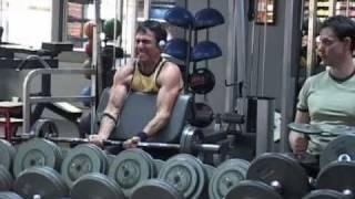 Grrrrrr!  (Or, That Guy At The Gym)