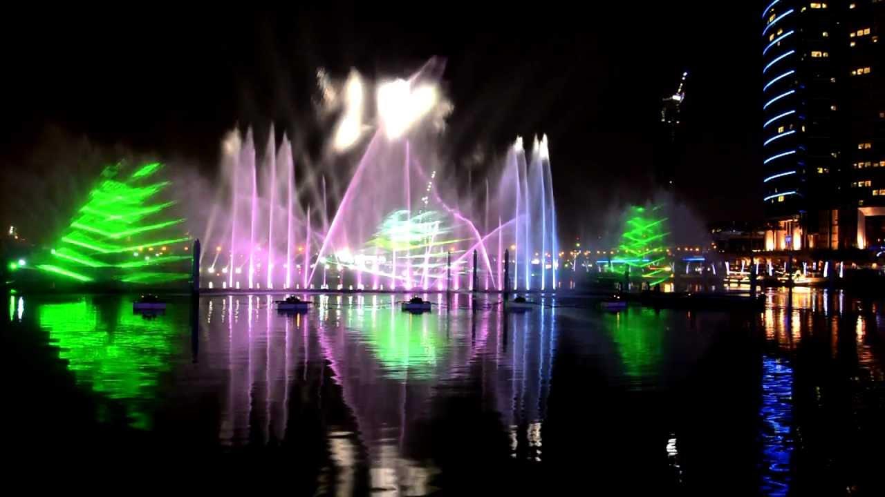 Light And Water Show Dubai Festival City Mall Youtube