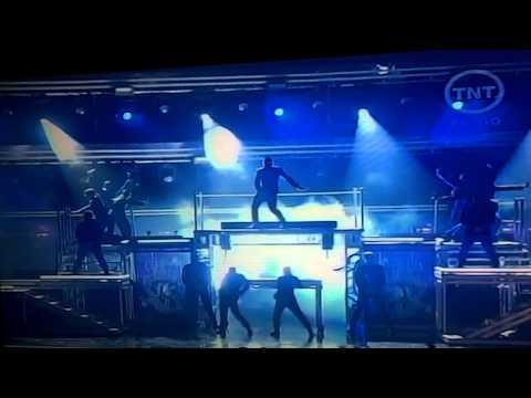 Justin Bieber, Usher y Jaden Smith Live - Grammy 2011