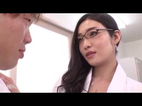 Em nữ bác sĩ dâm đãng làm tình cực phê