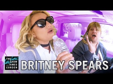 Britney Spears se divirtió en el karaoke de Corden