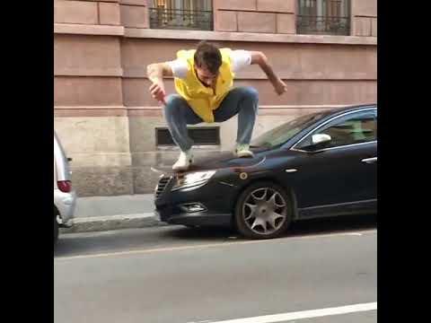 Nice catch @_alecesario_ 🤳🏻📱: @federicocovarelli | Shralpin Skateboarding