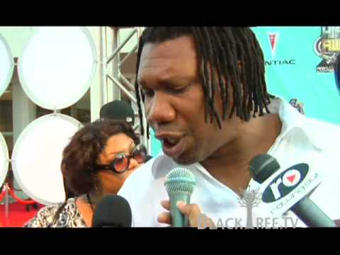 KRS One wins Lifetime Achievement Award @ BET HIP HOP AWARDS