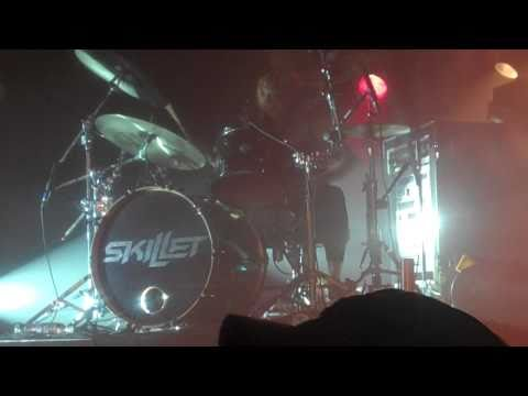 Skillet - Jen Ledger's Drum Solo and Ben Kasica's Guitar Solo in Clifton Park, NY 10/8/10 HD