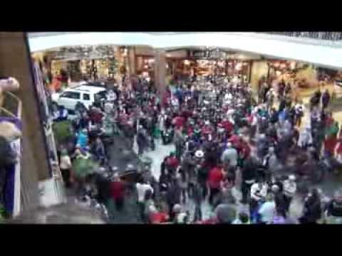 Rogue Valley Mall Hallelujah Chorus Flash Mob