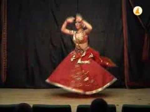 Mujhe Rang De Anna Ivanova Chakkar Moscow video