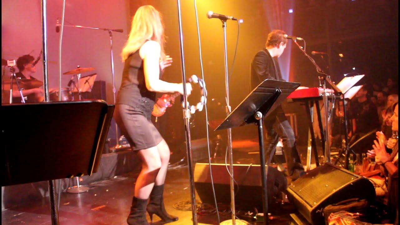 Black Jacket Symphony- Fleetwood Mac- Don't Stop - YouTube
