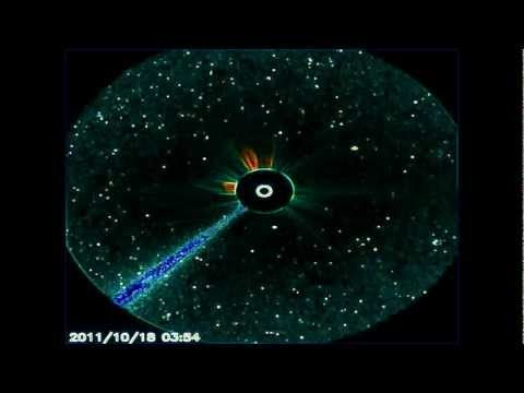 NASA TV.Три космических объекта , врезаются в Солнце!Three space object that crash into the Sun!