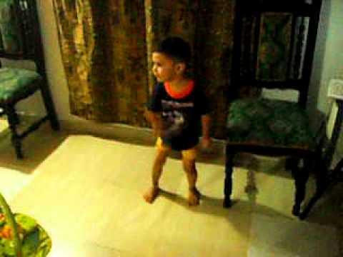 Pocoyo Baila Panamericano Y Mi Hijo Se Lo Aprende video