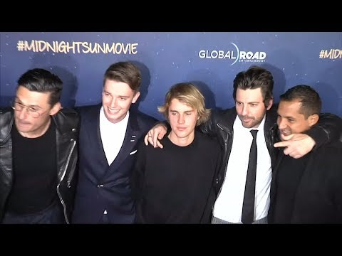 Justin Bieber joins Schwarzenegger son on 'Midnight Sun' red carpet thumbnail