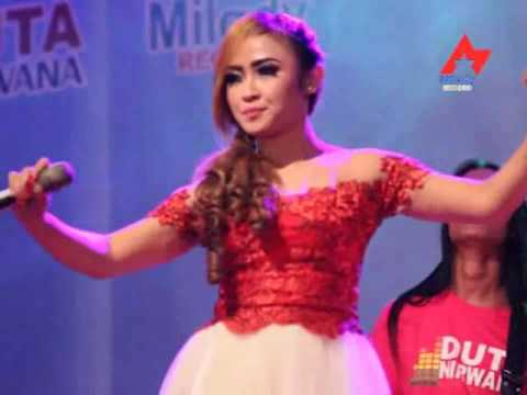 Intan Chacha - Karang Kates Ninggal Tresno (Official Music Video)