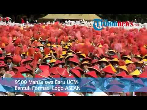 9500 Maba UGM Bentuk Formasi Logo ASEAN
