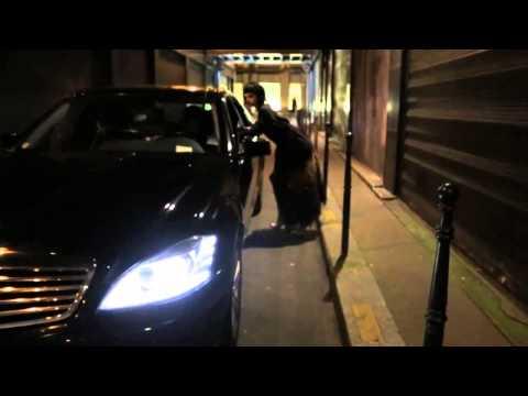 Louis Vuitton AW13/14 topmodellen Cara Delevingne & Georgia May Jagger als prostituee