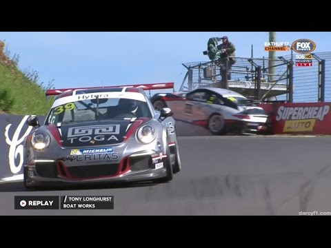 Longhurst Hard Crash In Qualifying | Carrera Cup - Bathurst 2016