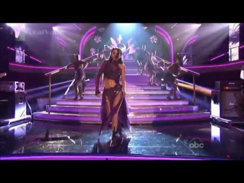 HD Selena Gomez Performs Come and Get...