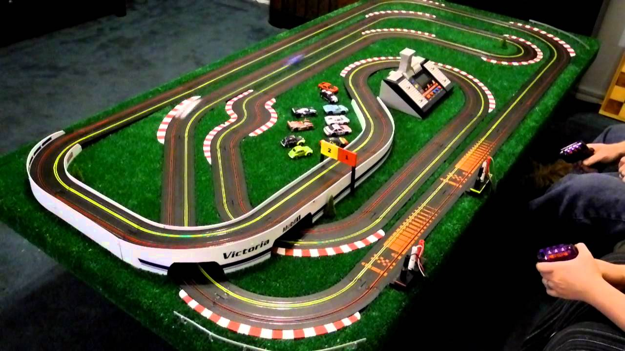Car Electric Race Track