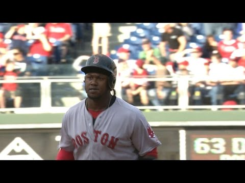 Hanley belts grand slam in the 9th