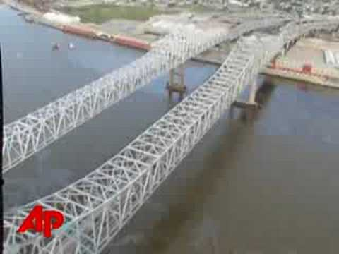 Miss. River at New Orleans Shut After Fuel Spill