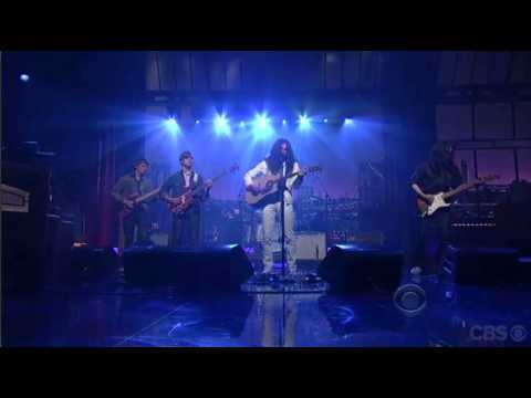 Kurt Vile and the Violators - Wakin On A Pretty Day (live on David Letterman)