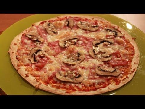 Pizza express con base de tortillas de trigo ( para fajitas )- Rápida, fácil y deliciosa