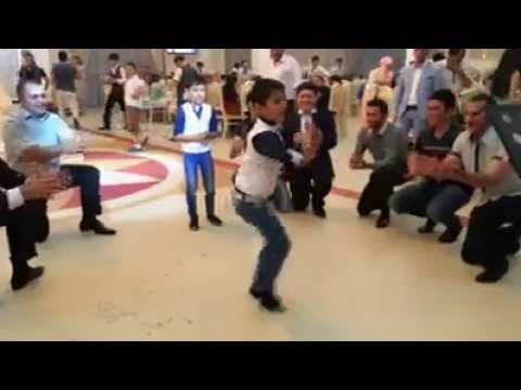Nice Azari Dance! Uploaded By: Sebastain calif video