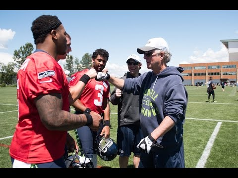 Mic'd Up: Seattle Seahawks Quarterbacks Coach Carl Smith