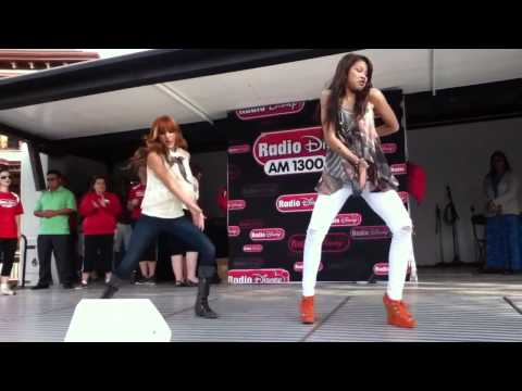 Bella Thorne and Zendaya Coleman dancing 2011