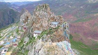 【环华十年】把房子修在这种地方的才是真正的高人,海拔4800米悬崖上小屋,隐藏着西藏真正的历史