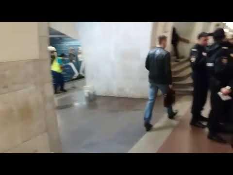 Кровавый инцидент на станции метро Третьяковская