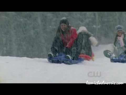 One Tree Hill 7x22 The gang go Sledging
