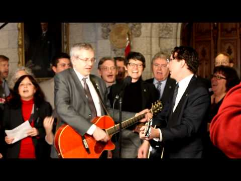 Andrew Cash and the NDP Caucus Sing 
