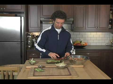 Nori Rolls: Raw Vegan DVD Series: The Low Fat Cuisine, clip#1