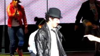 Watch Jonas Brothers Bounce video