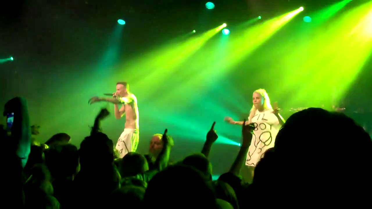 Die antwoord performs in your face and fish paste at for Die antwoord fish paste