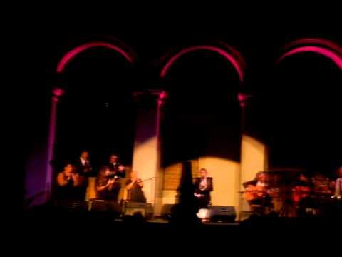 36 Festival de Segovia 2011. Estrella Morente en el patio de Armas del Alcázar 23/7/2011 (1)