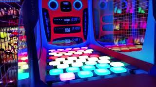 Arcade Fun With The Kid - Space Invaders Jackpot!