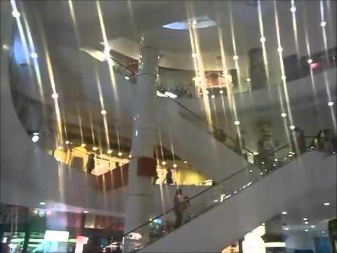Terminal 21 Shopping mall at Asok in Bangkok, Thailand   مركز تسوق ترمنال 21