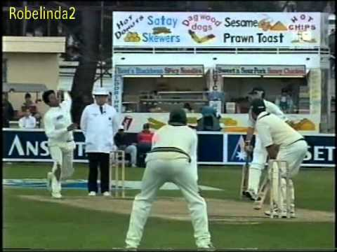*CHEAT* Justin Langer vs Wasim Akram 1999 Hobart test