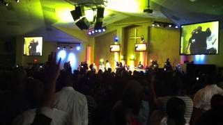 "Zacardi Cortez Video - Le'Andria Johnson & Zacardi Cortez ""It Could Be Worse"" @ James Fortune Album Release Concert"