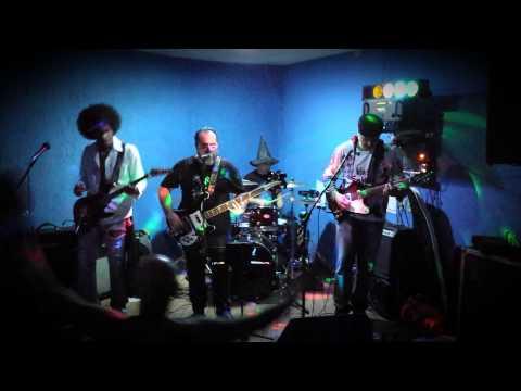 Mr Midnight -  Purple Haze ( Jimi Hendrix ) - Espaço Rock Bar - 09-08-2014