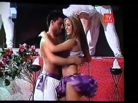 Maura Rivera Bailando Lambada