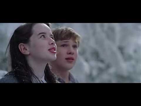 Narnia; The Lion, the Witch and the Wardrobe. OFFICIAL TRAILER. Video