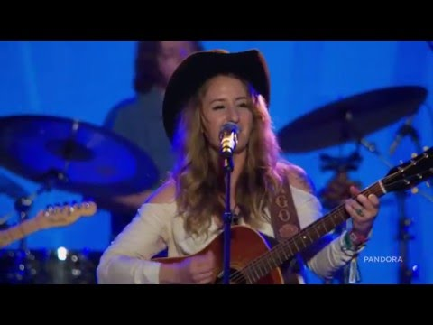 Margo Price - Desperate And Depressed